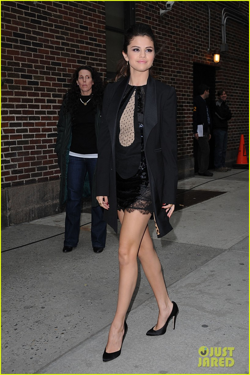 selena gomez late show with david letterman appearance 12