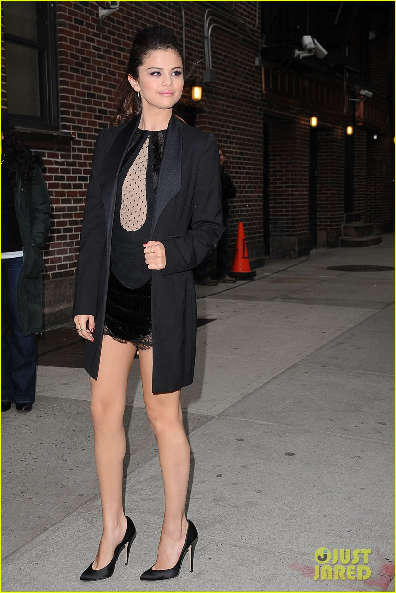 selena gomez late show with david letterman appearance 13