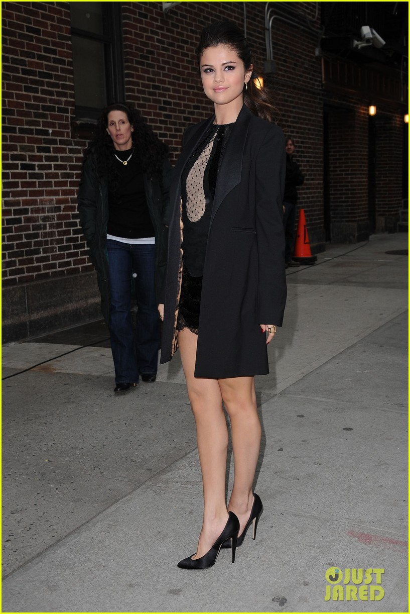 selena gomez late show with david letterman appearance 14