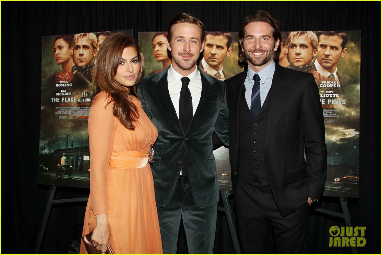ryan gosling eva mendes place beyond the pines premiere 03