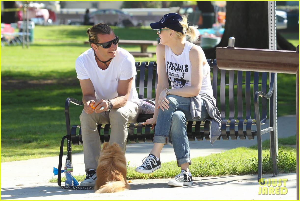 gwen stefani gavin rossdale family fun at the park 14