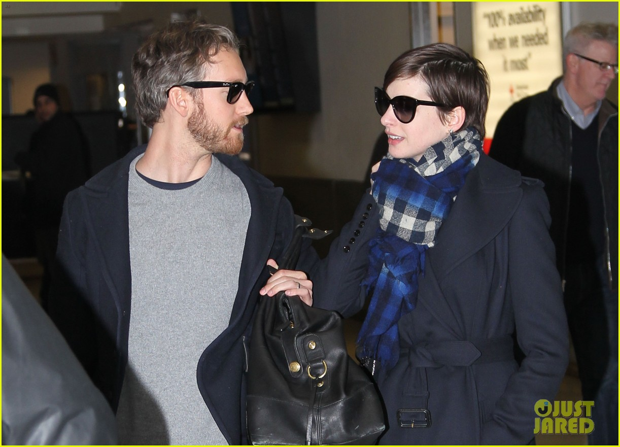 anne hathaway adam shulman back in the big apple 082826752