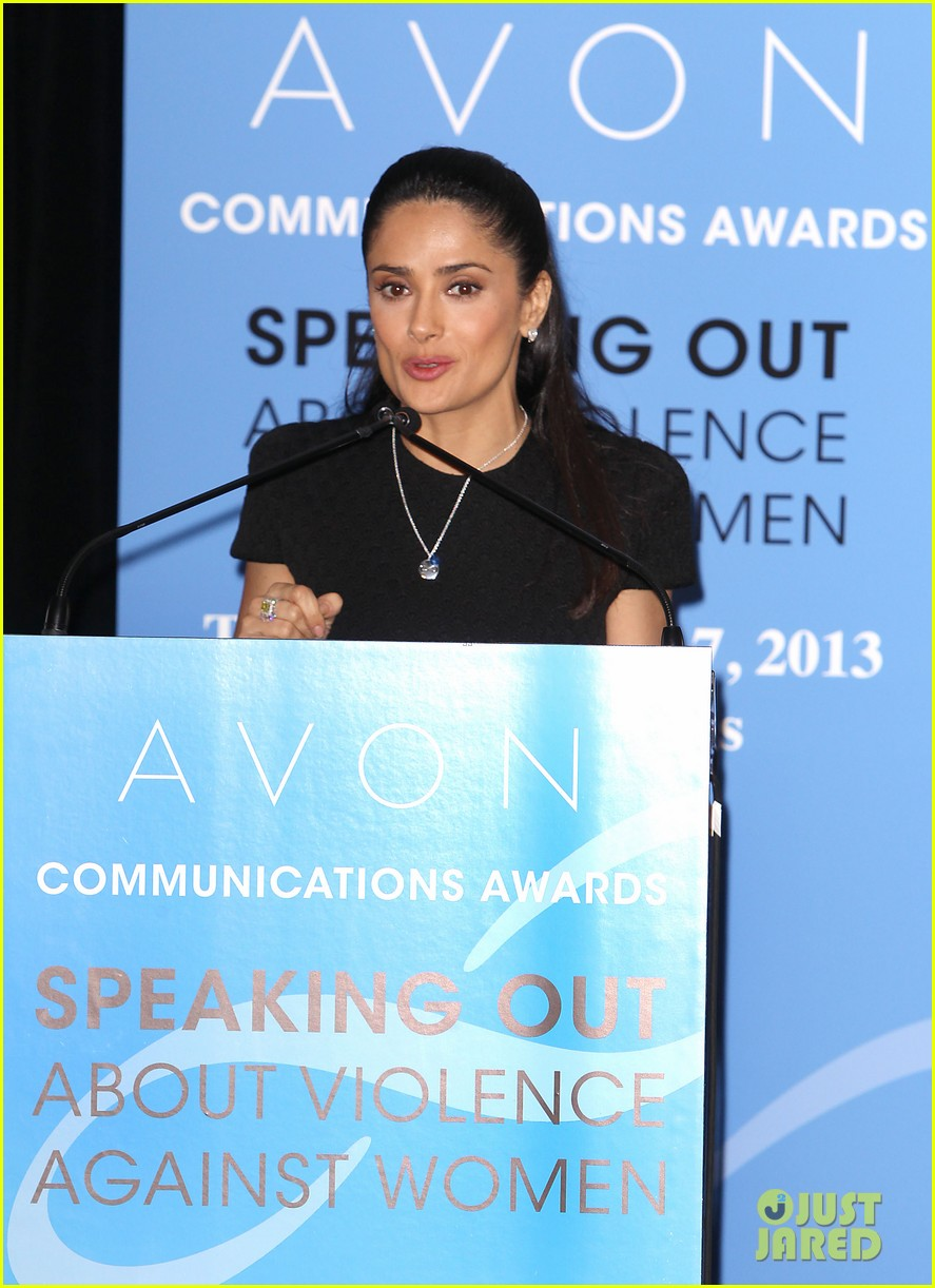salma hayek avon communication awards 2013 132826921