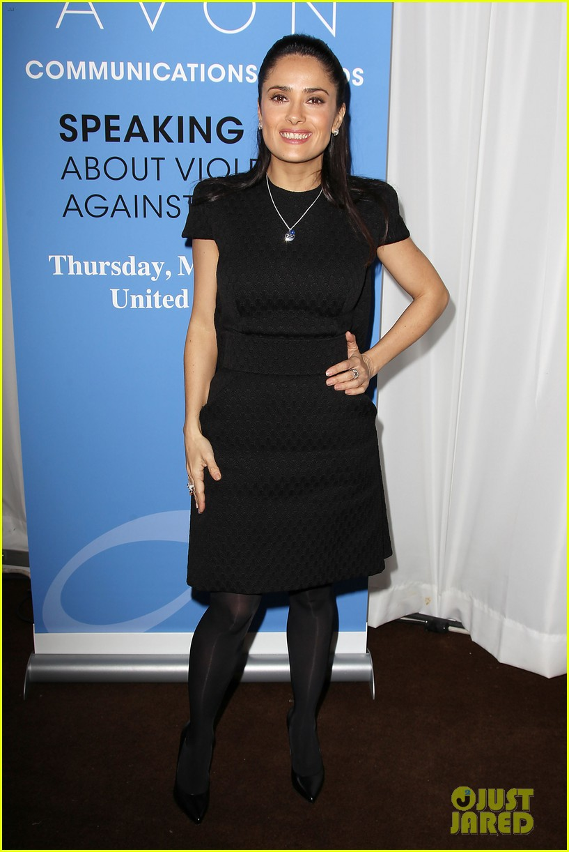 salma hayek avon communication awards 2013 21
