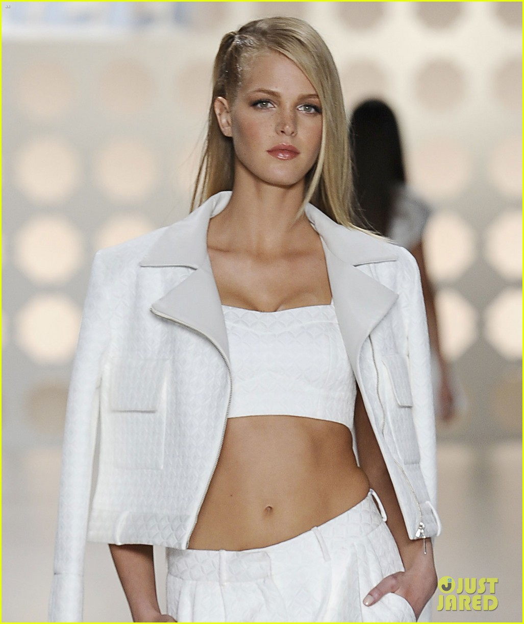 erin heatherton paul walker colcci show runway models 04