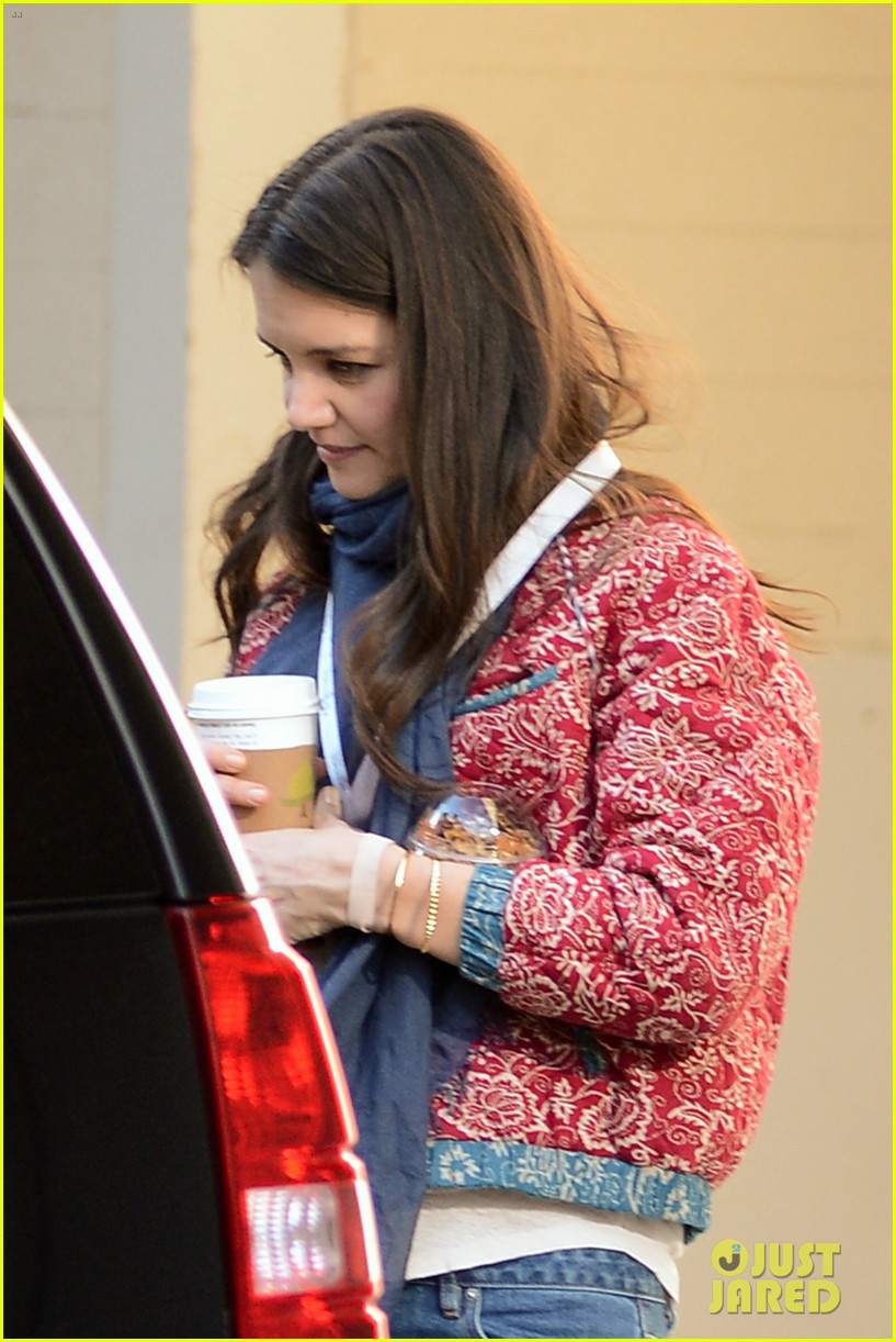 katie holmes lunch date with mom 04