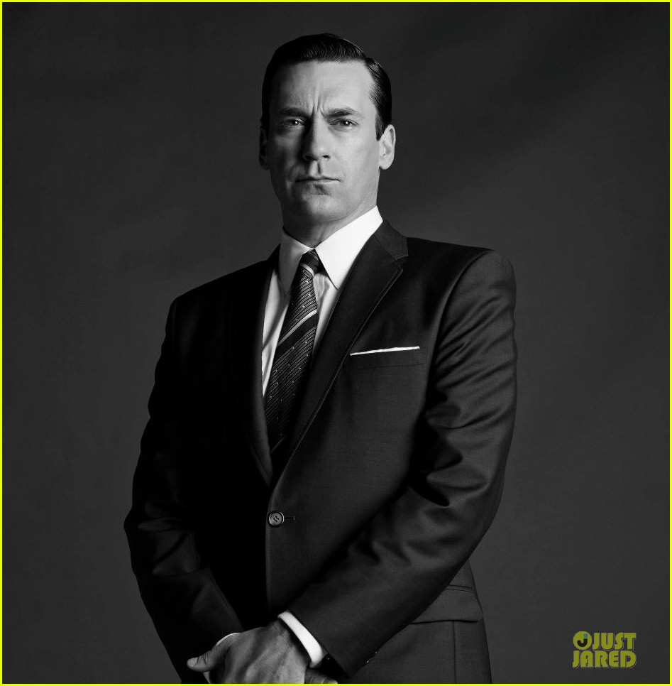 january jones jon hamm mad men season 6 cast portraits 07