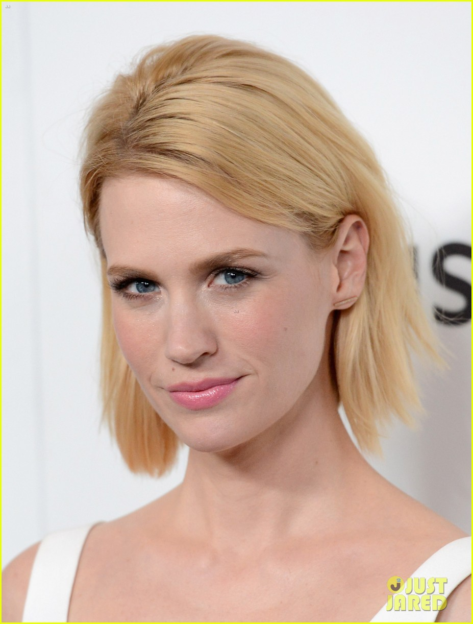 january jones alison brie mad men season 6 premiere 07
