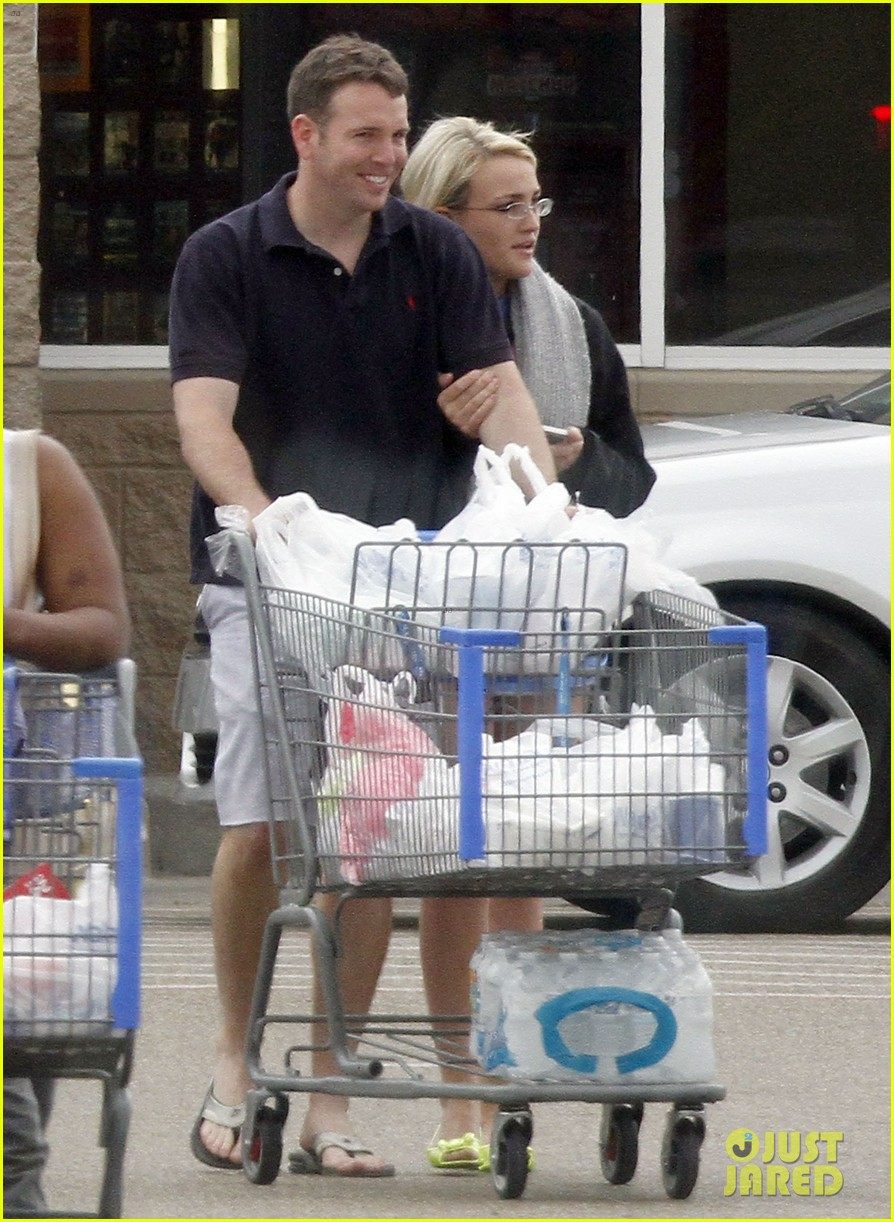 jamie lynn spears grocery shopping with jamie watson 07