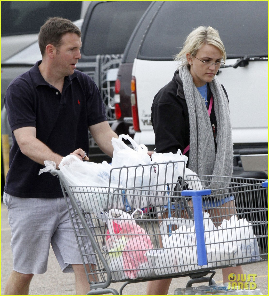 jamie lynn spears grocery shopping with jamie watson 15