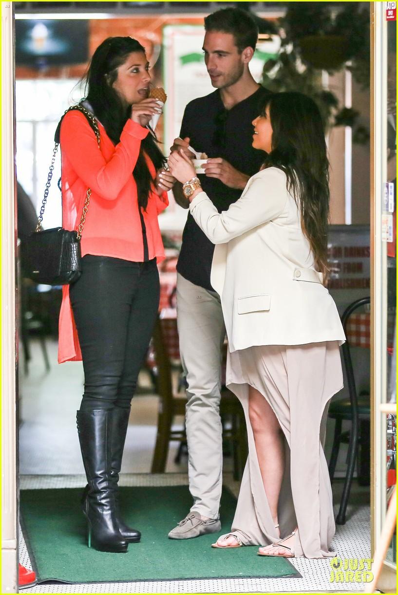 kim kardashian atlanta landing for temptation premiere 142831602