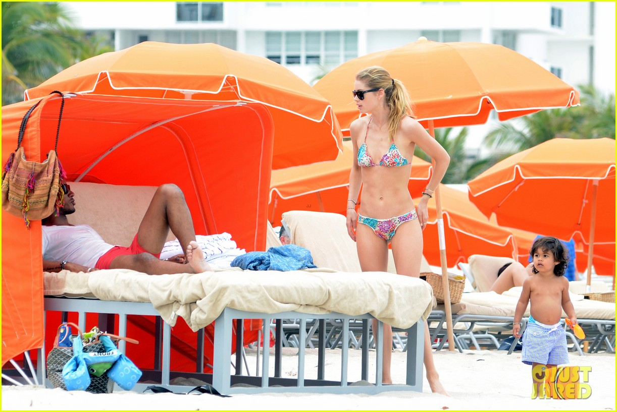 doutzen kroes sunnery james beach day with phyllon 202837760
