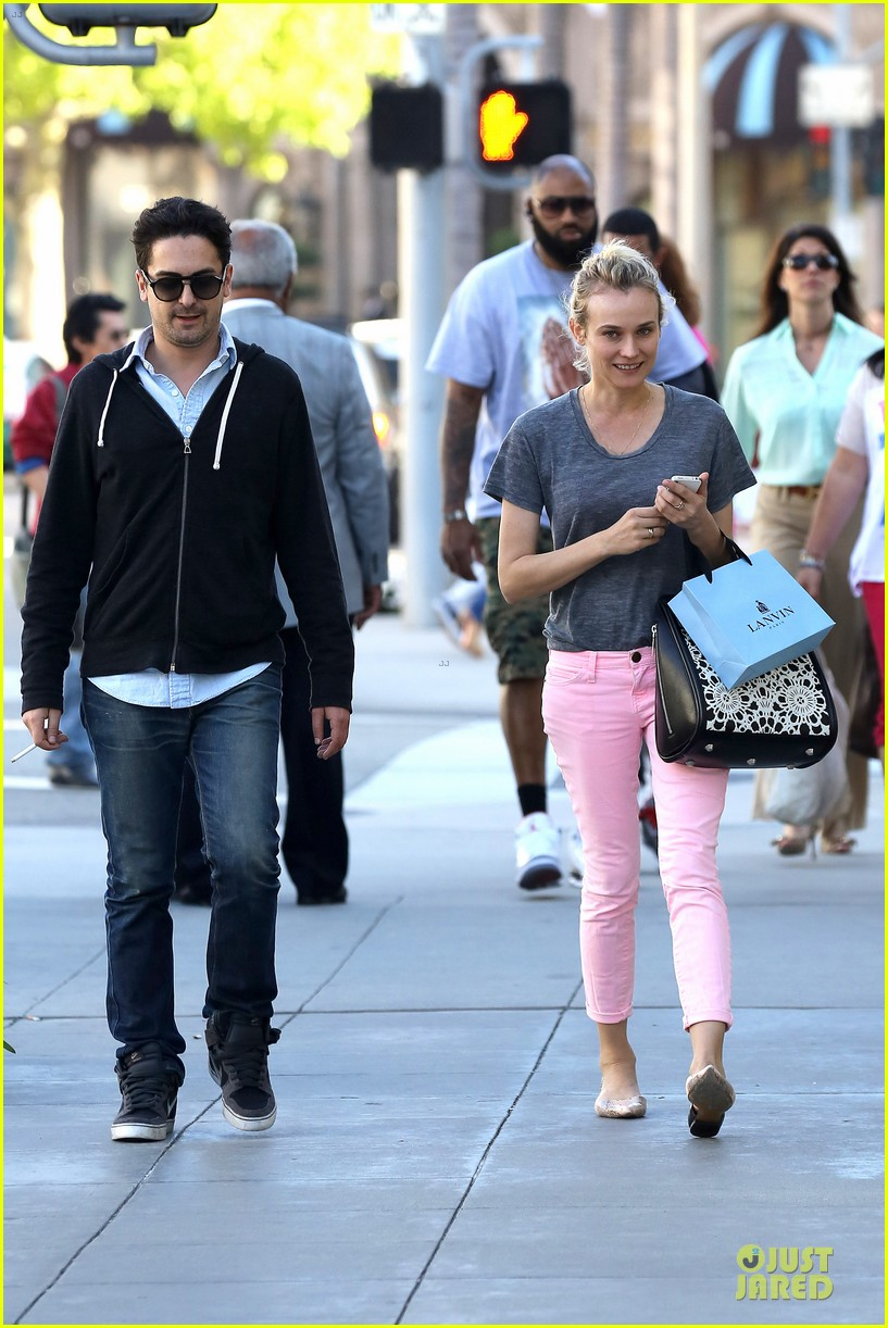 diane kruger pink shopping day 13