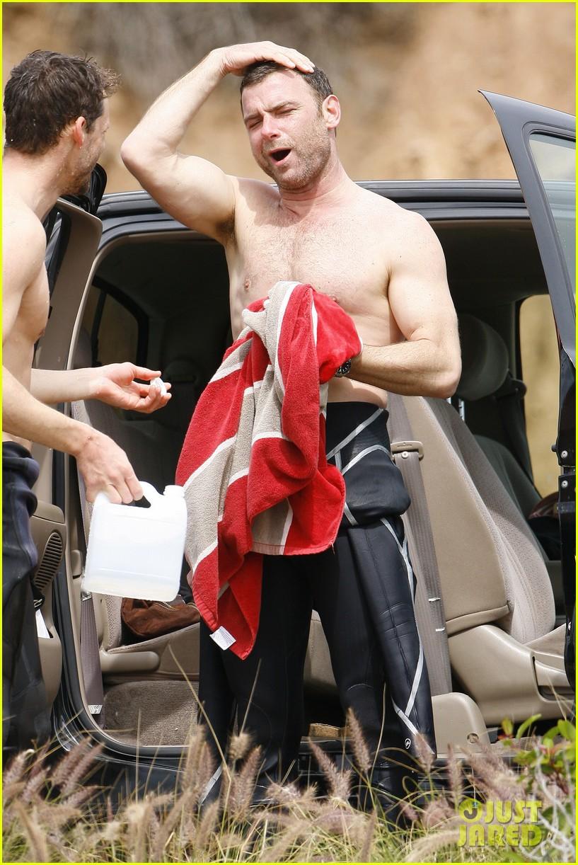 liev schreiber shirtless surf day 02