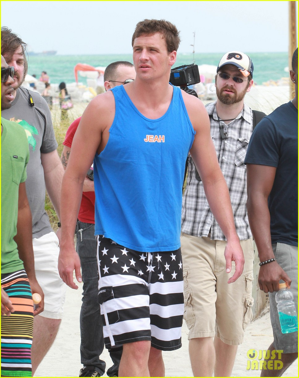 ryan lochte what would ryan lochte do beach filming 18