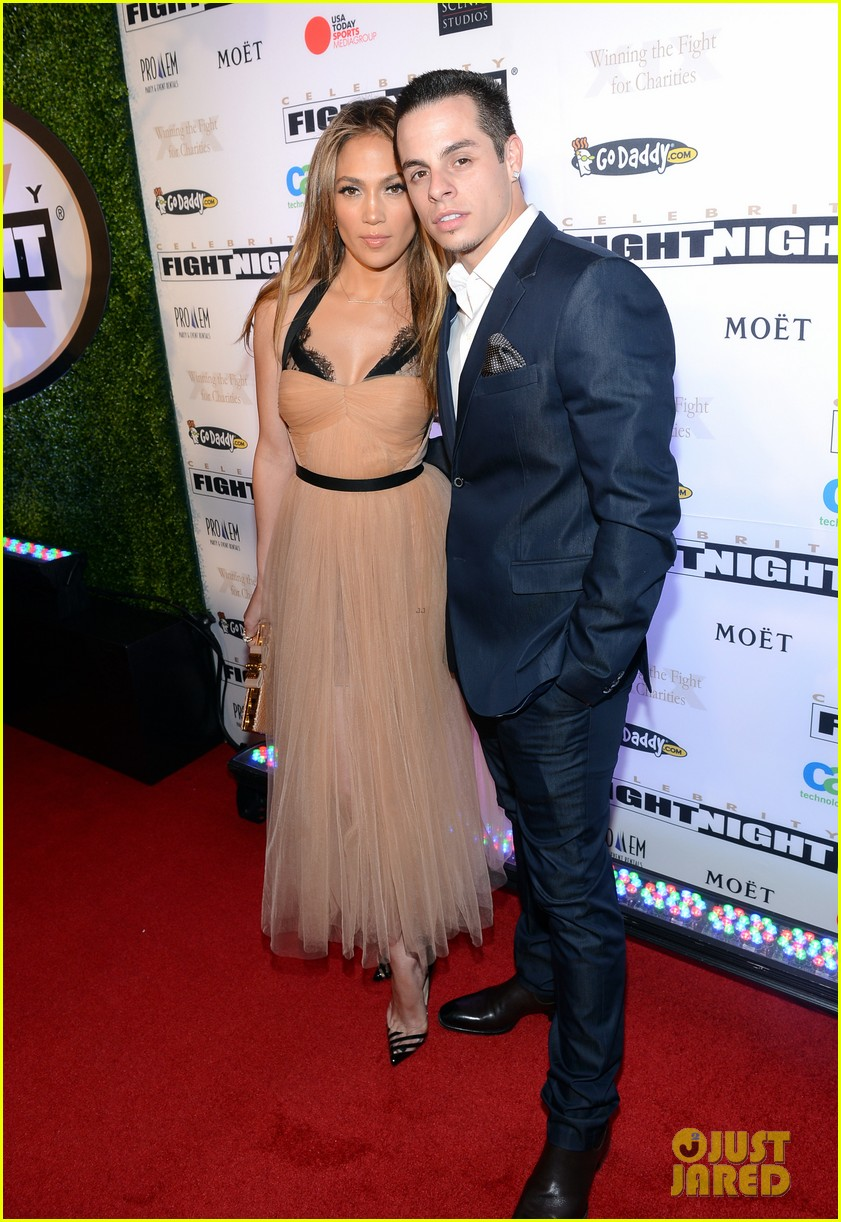 jennifer lopez celebrity fight night with casper smart 06
