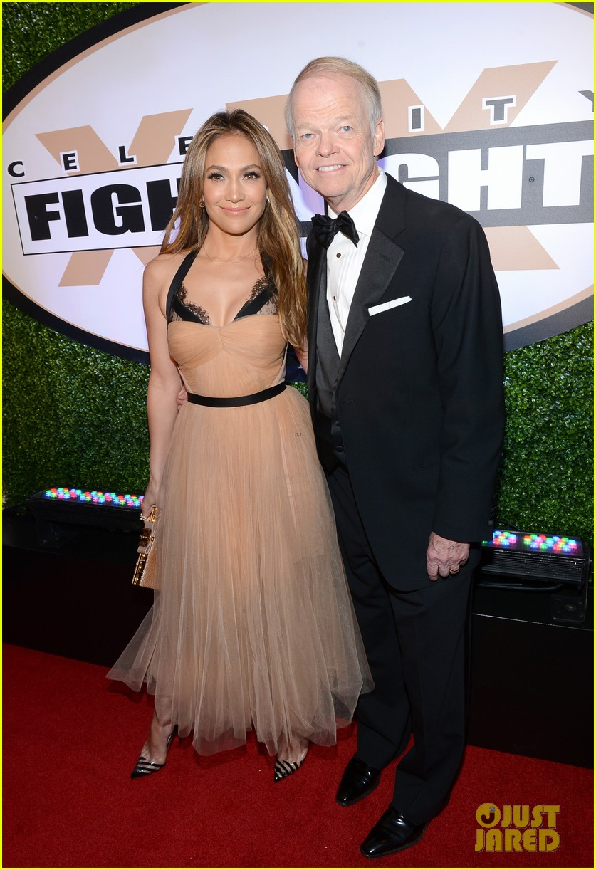 jennifer lopez celebrity fight night with casper smart 19