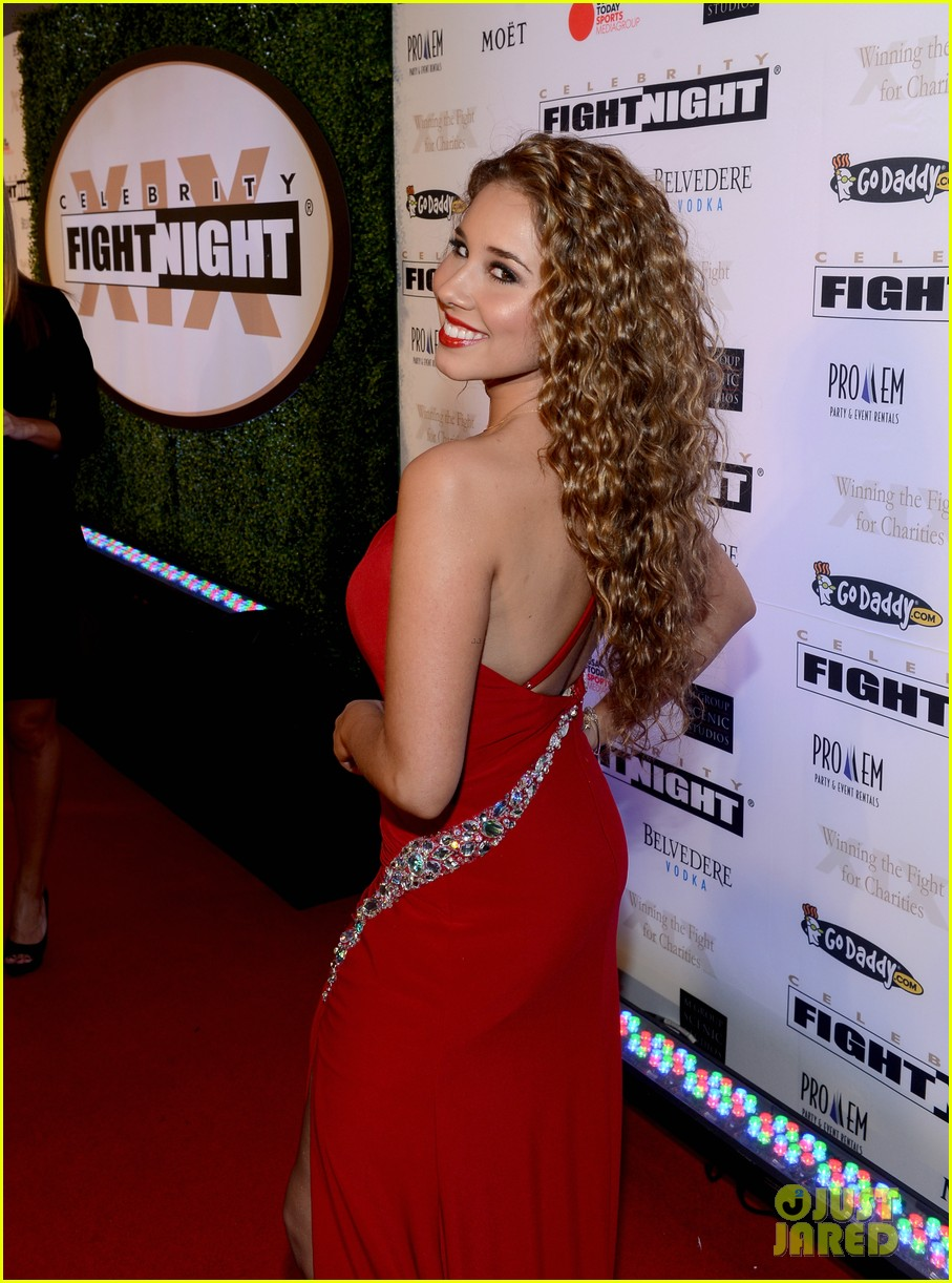 joe manganiello celebrity fight night with bridget peters 132836699
