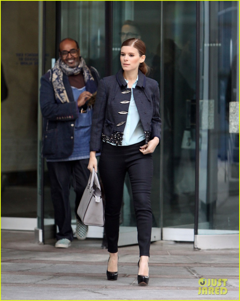 kate mara joins johnny depp sci fi film transcendence 06