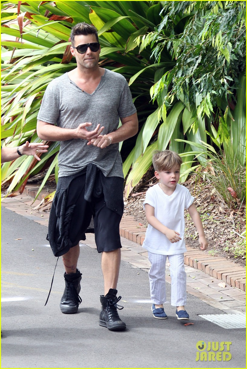 ricky martin taronga zoo with matteo and valentino 052826322