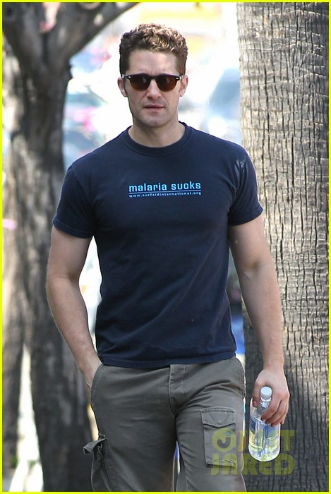 matthew morrison renee puente shopping duo 03