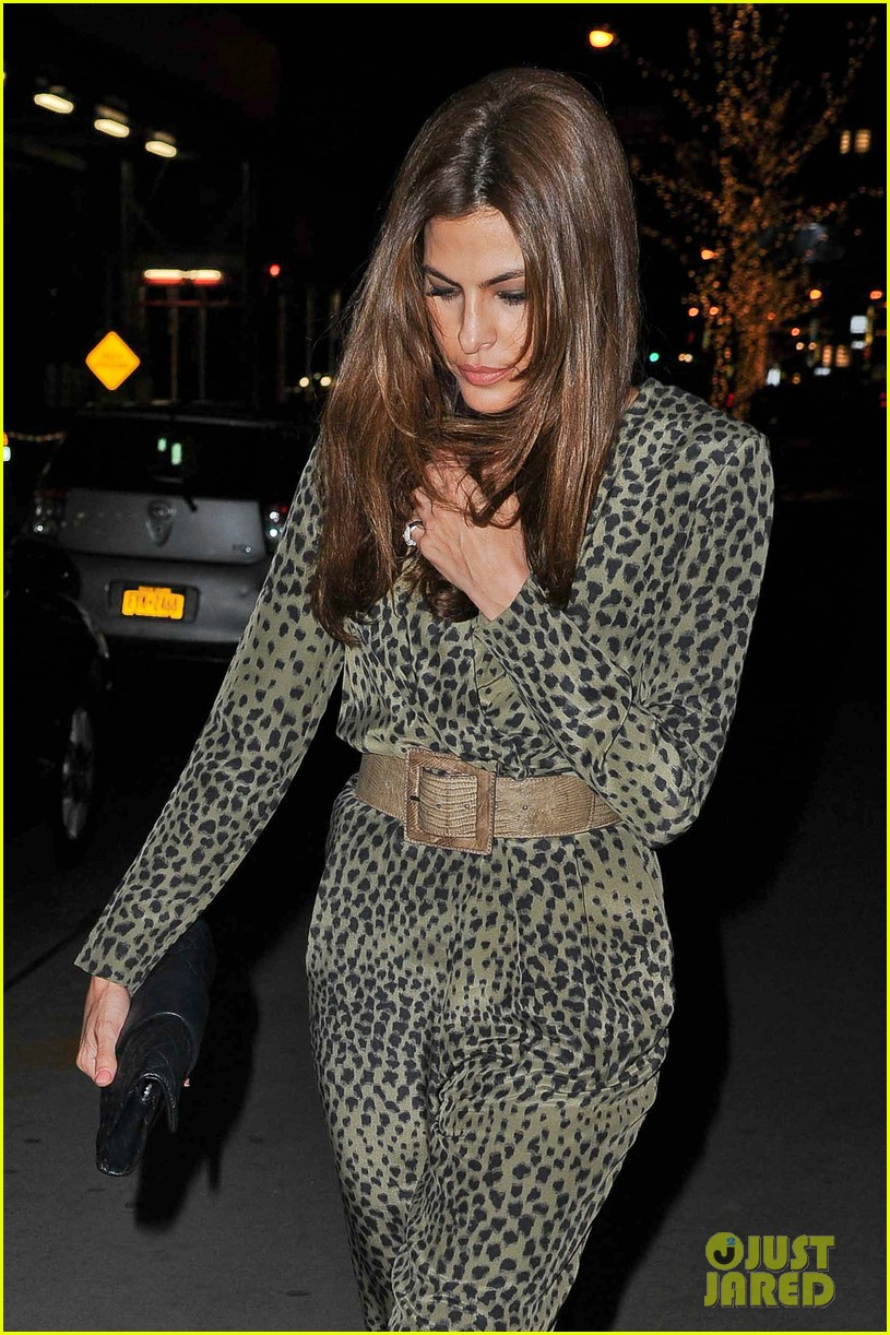 eva mendes leopard jumpsuit at private moma screening 12