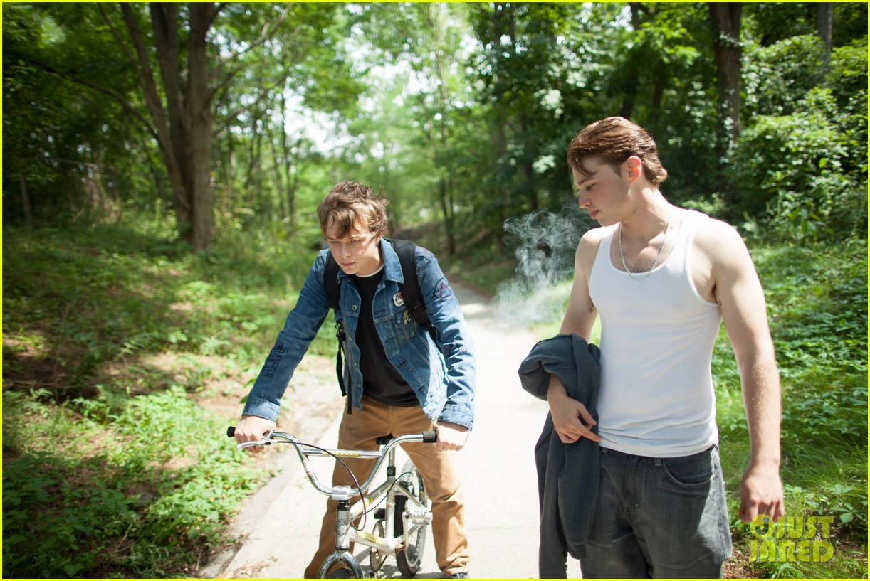 ryan gosling eva mendes new place beyond the pines stills 092838823