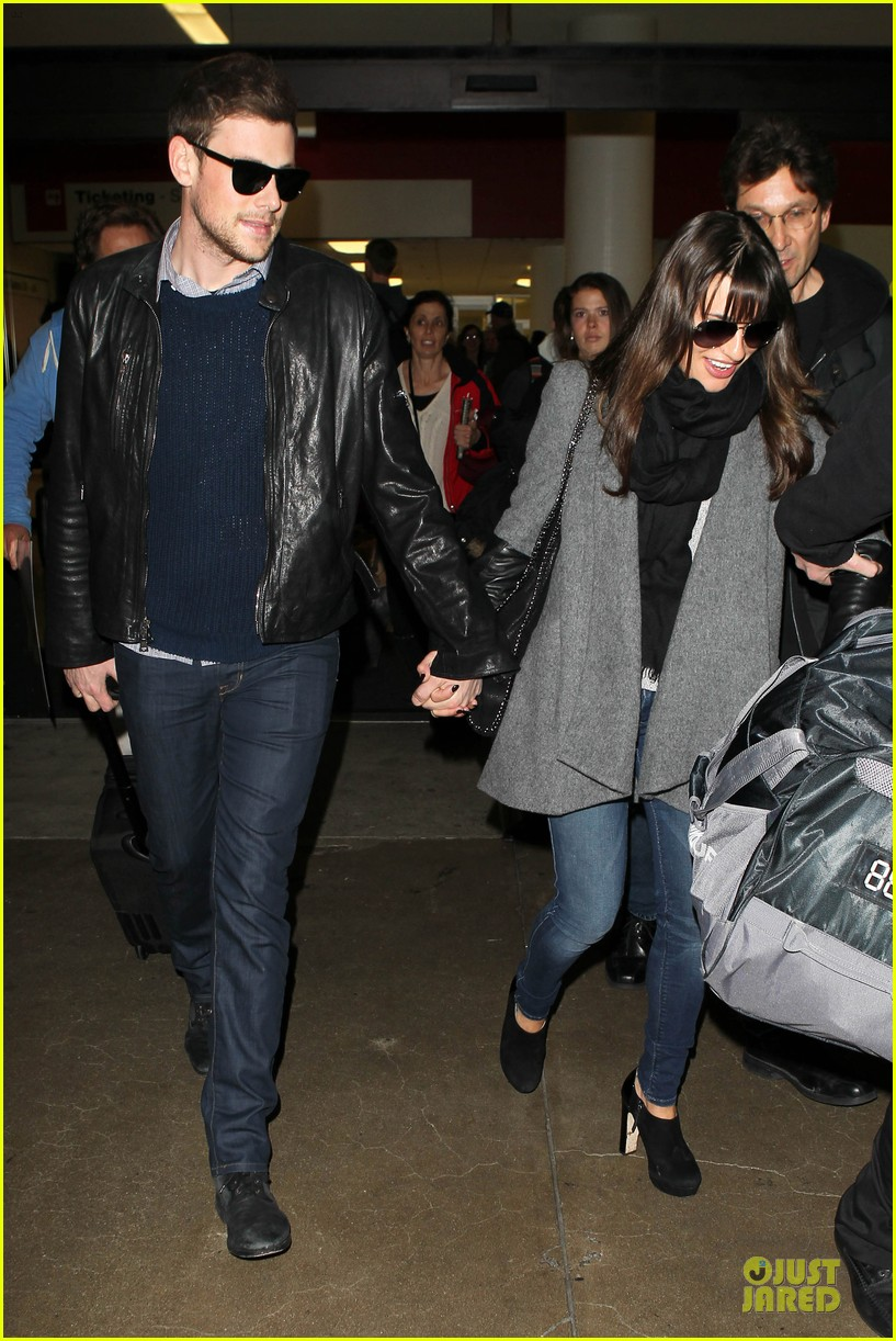 lea michele cory monteith snowy new york departure 05