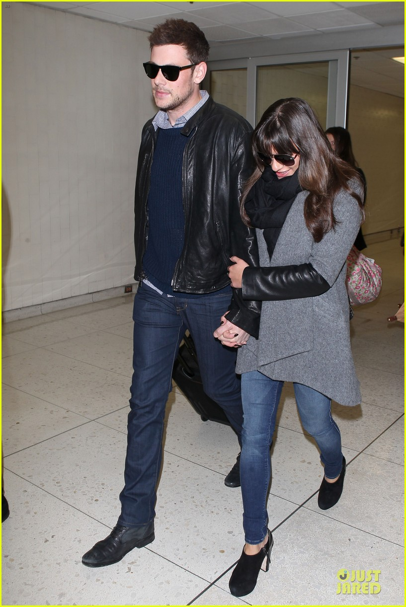 lea michele cory monteith snowy new york departure 11