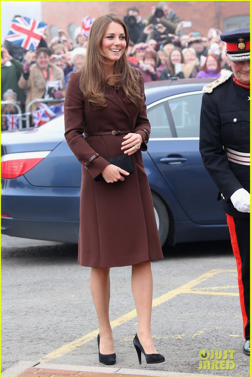 kate middleton pregnant national fishing heritage center visit 072825441