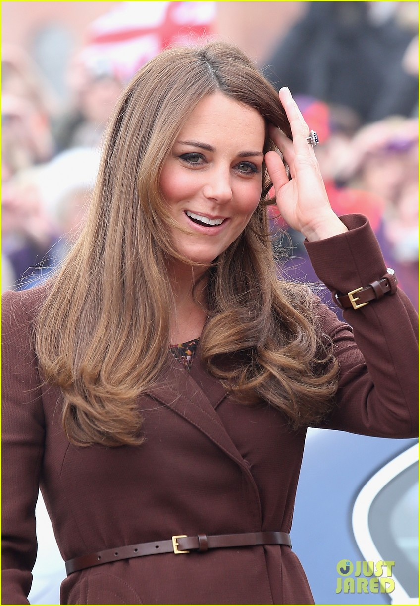kate middleton pregnant national fishing heritage center visit 112825445