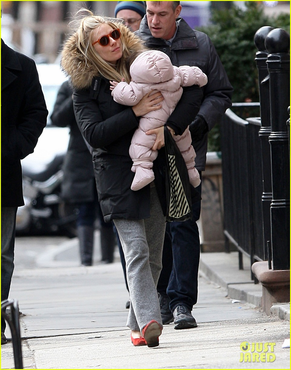 sienna miller tom sturridge sunday family day with marlow 042832463