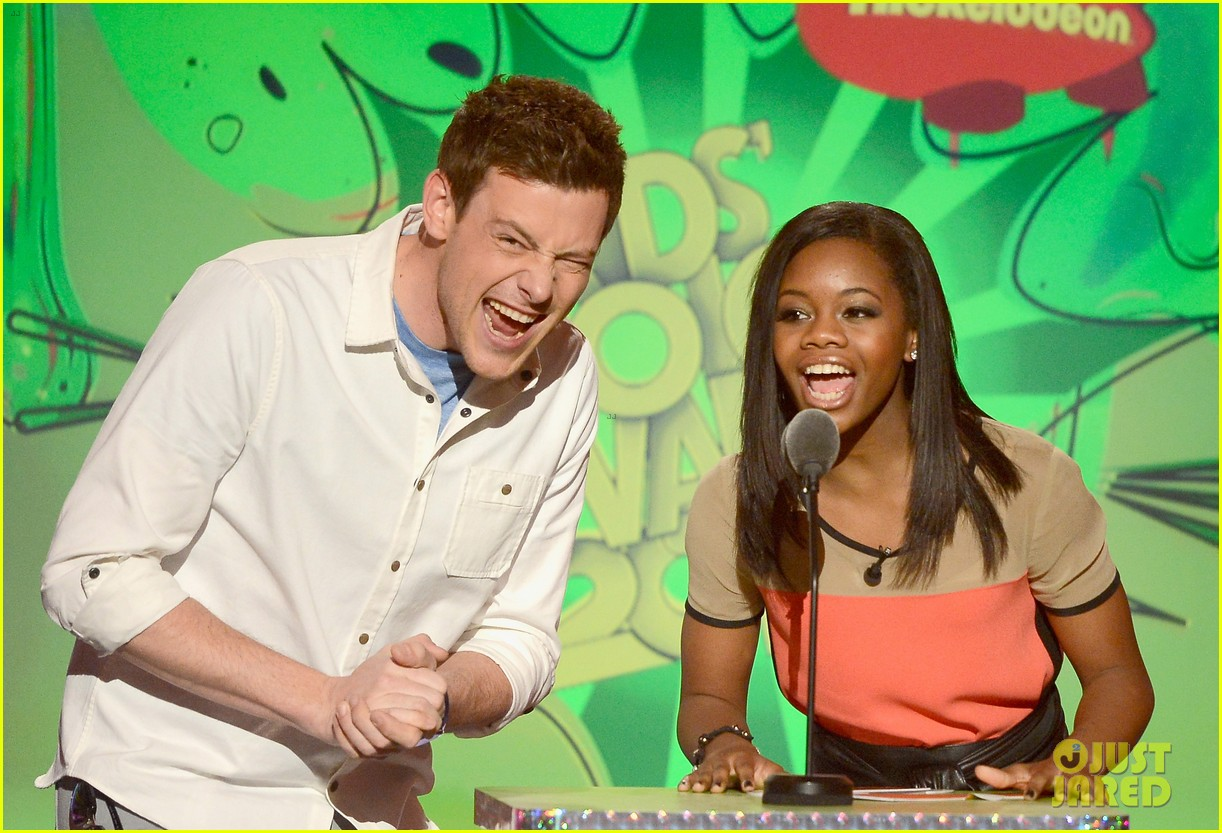cory monteith gabby douglas kids choice awards 2013 112836654