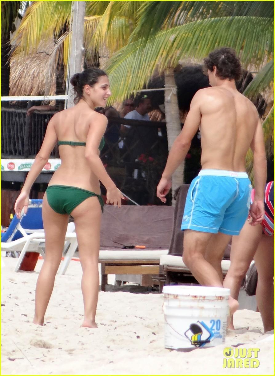 Rafael Nadal Shirtless Beach Vacation With Maria Francisca Perello Photo 2826148 Bikini Maria Francisca Perello Rafael Nadal Shirtless Pictures Just Jared