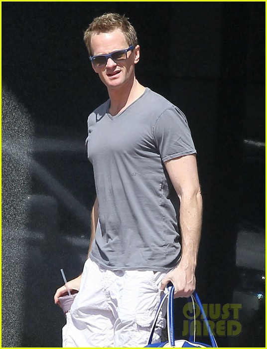 neil patrick harris gym guy 02