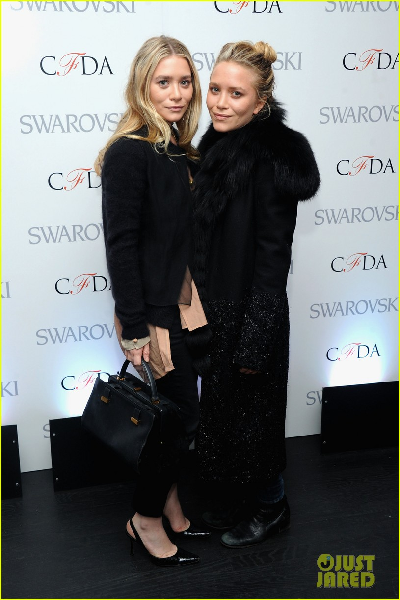 mary kate ashley olsen cfda awards nominations 2013 052830386