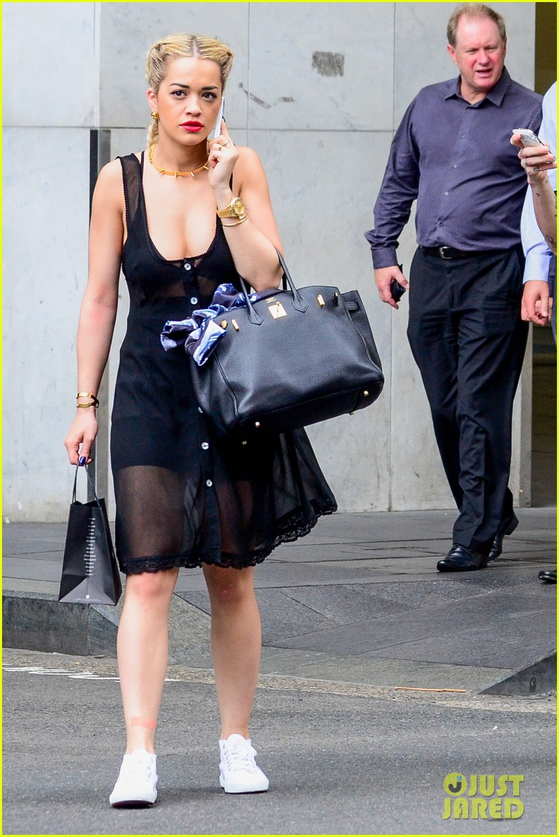 rita ora shopping in sydney 05