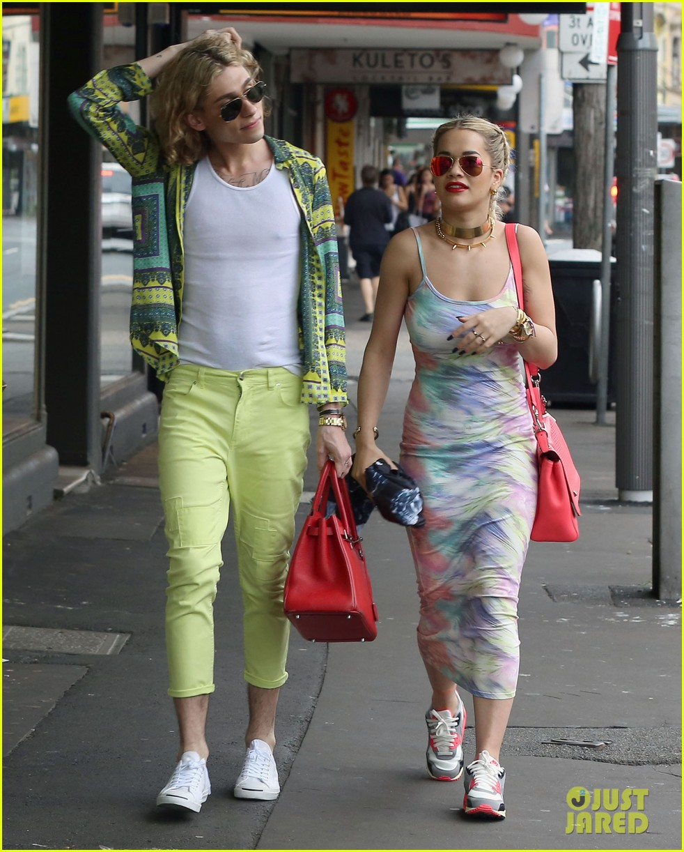 rita ora shopping in sydney 092822960