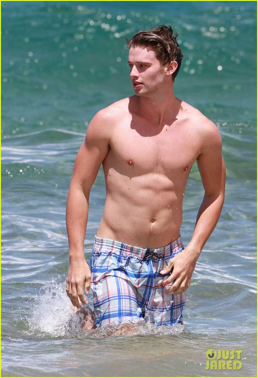 shirtless patrick schwarzenegger kissing taylor burns 312839395