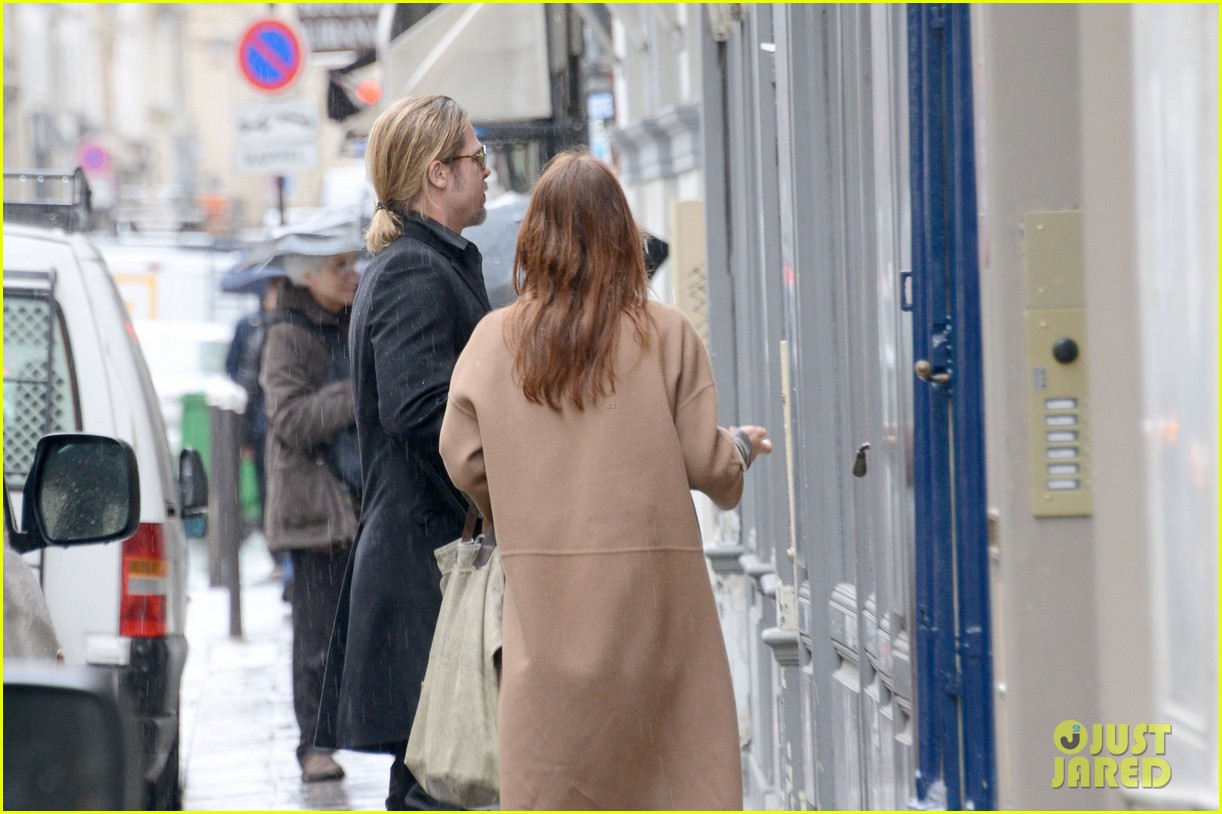 brad pitt furniture shopping in paris 10