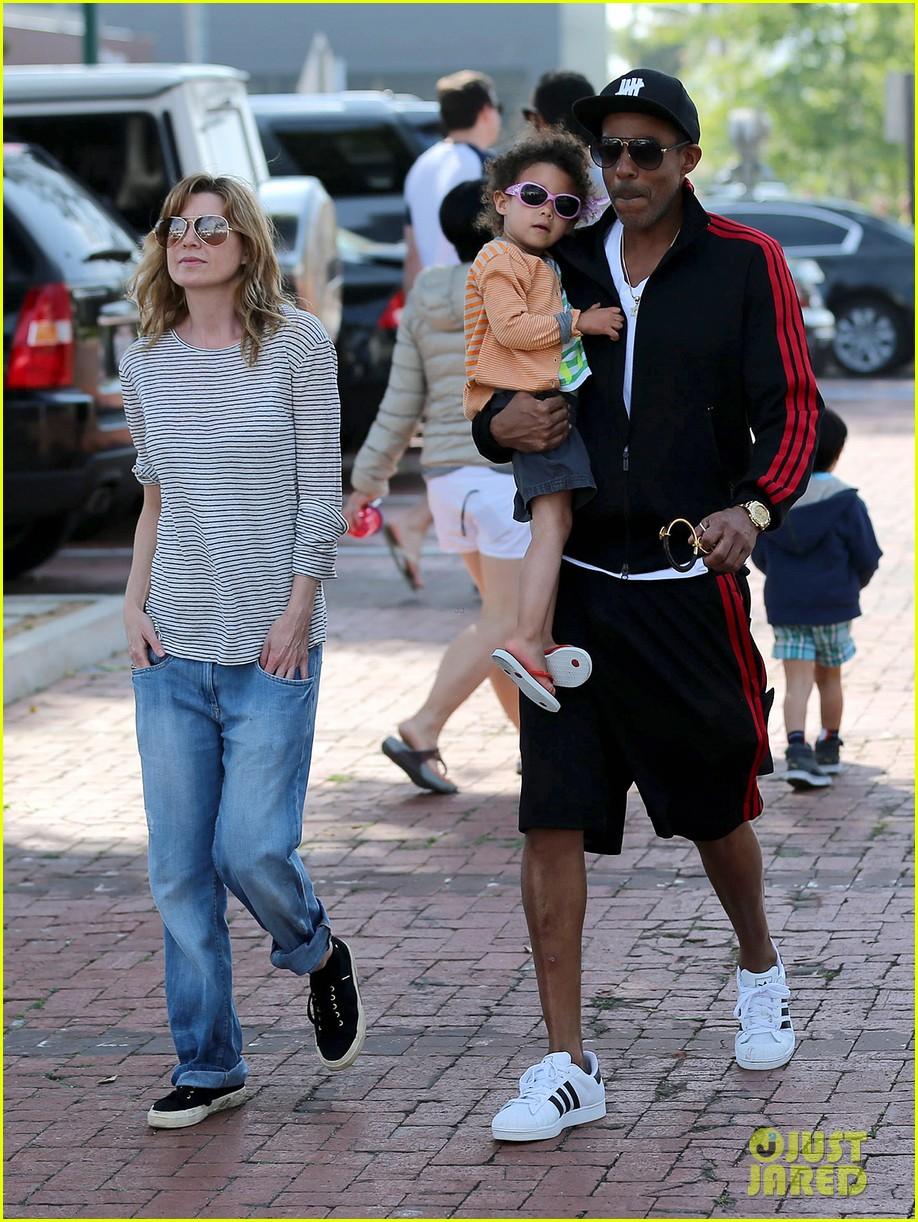 ellen pompeo monkeybars with stella 01