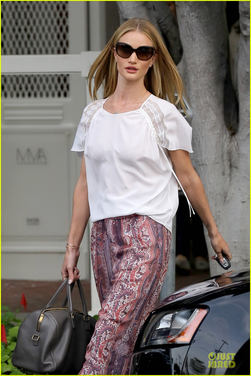 rosie huntington whiteley english love in la 022838029