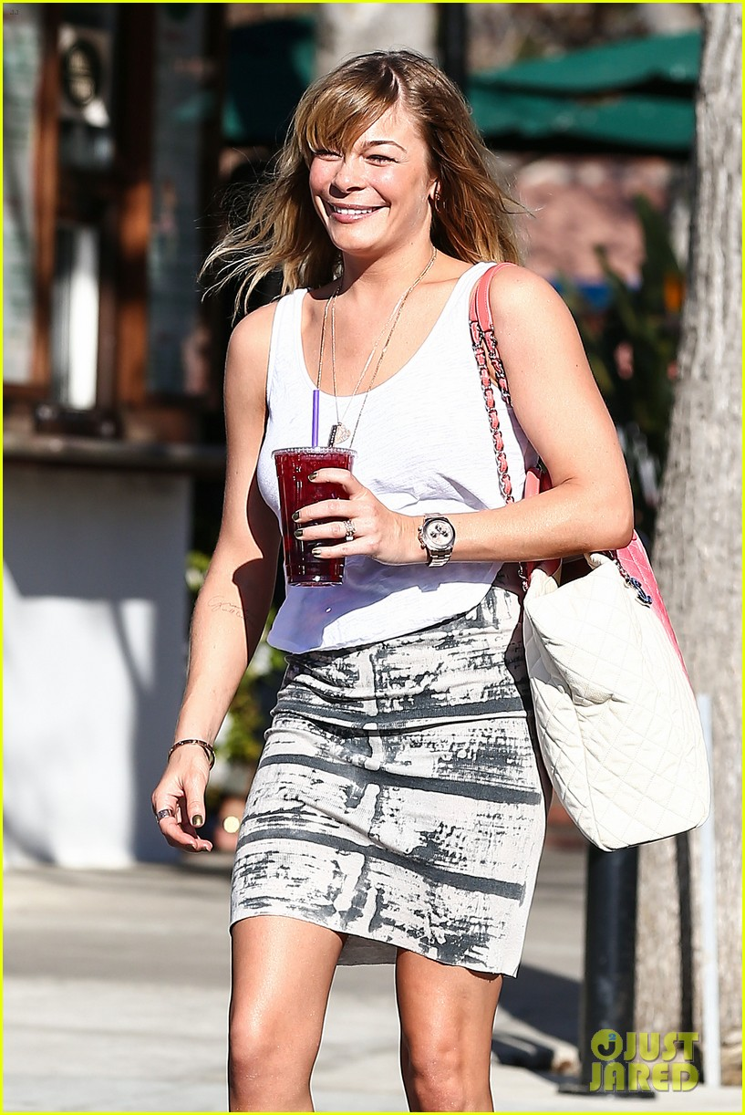 leann rimes malibu country mart retail therapy 02