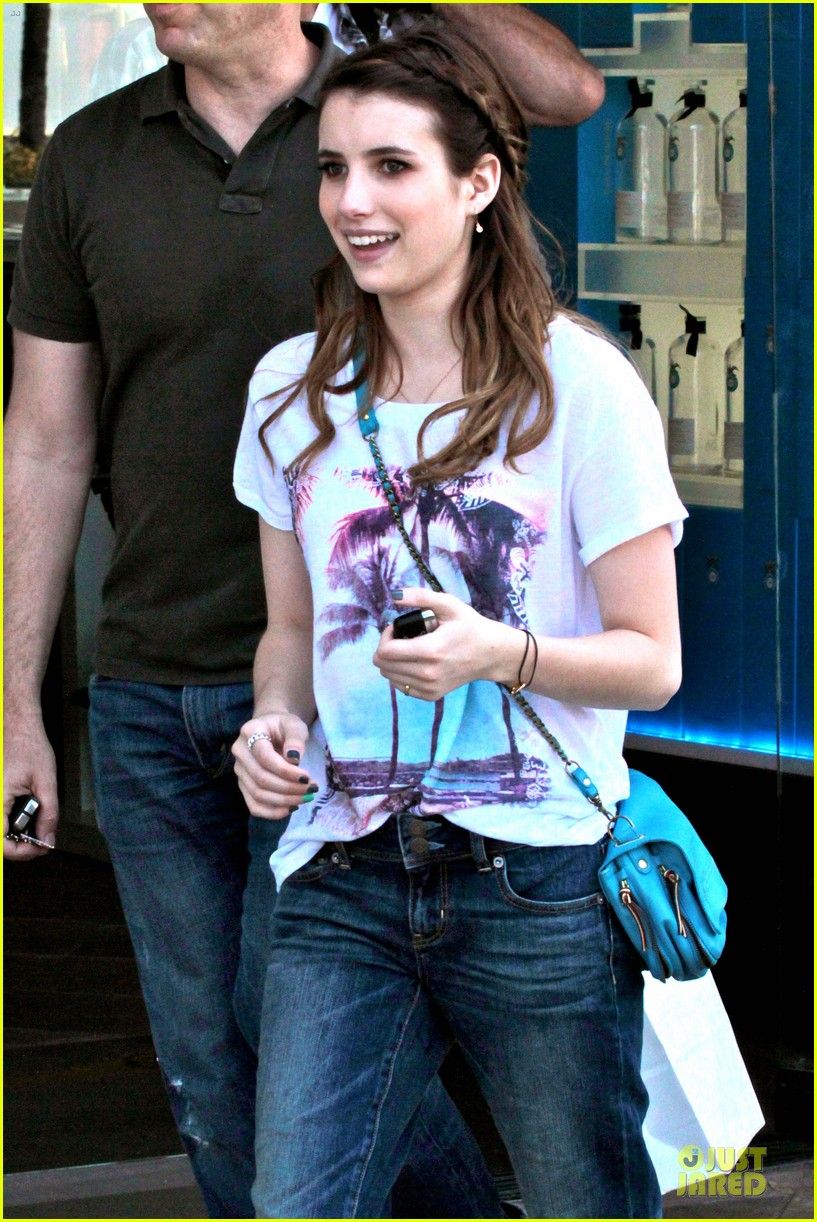 emma roberts evan peters samys camera couple 11