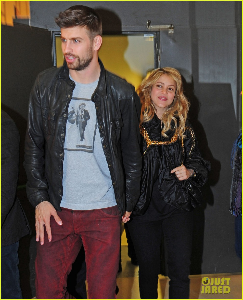 shakira gerard pique fantasme book launch 182830990