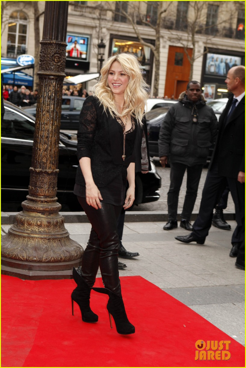 shakira s by shakira perfume launch 03