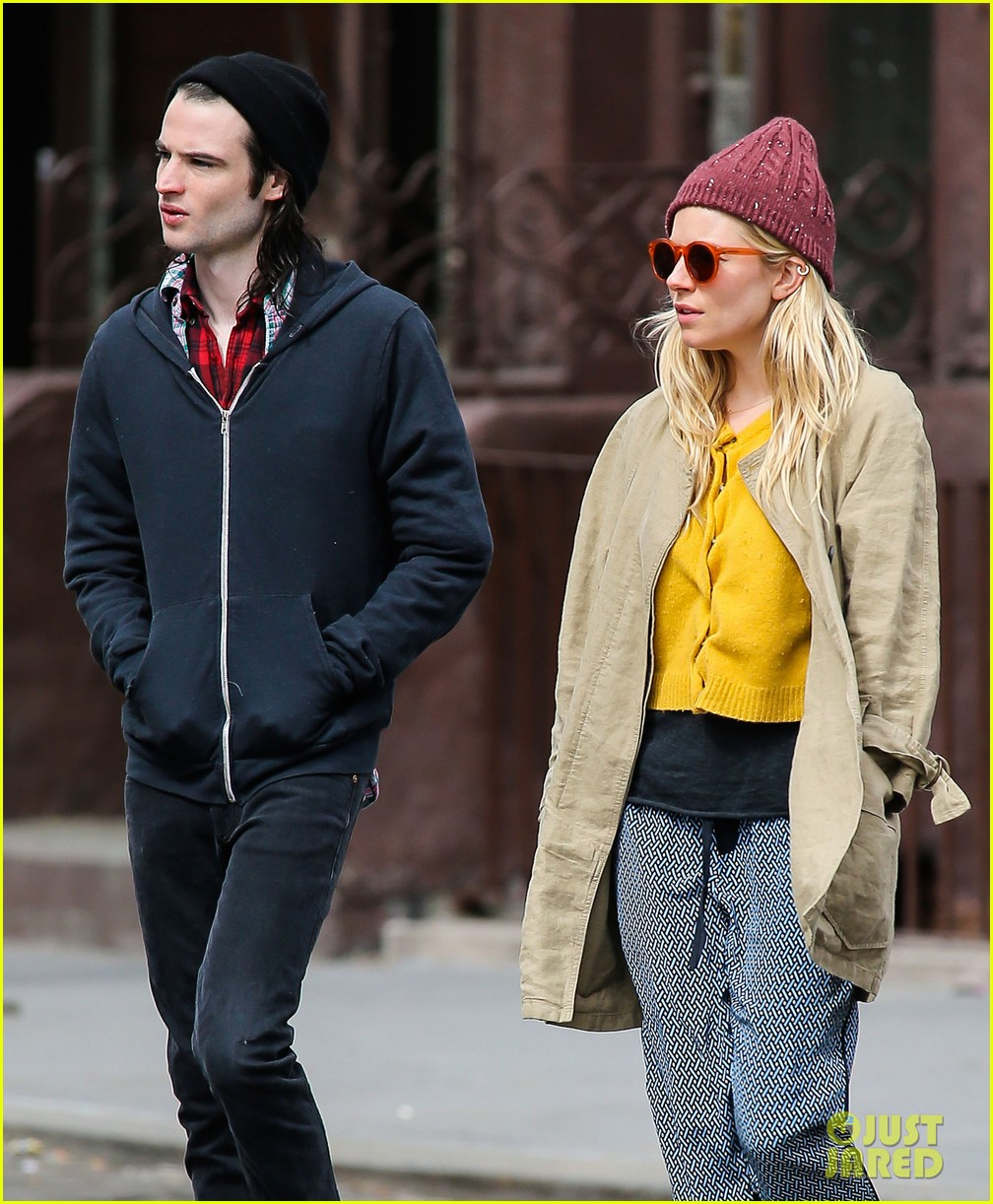 sienna miller tom sturridge hold hands in nyc 132840305
