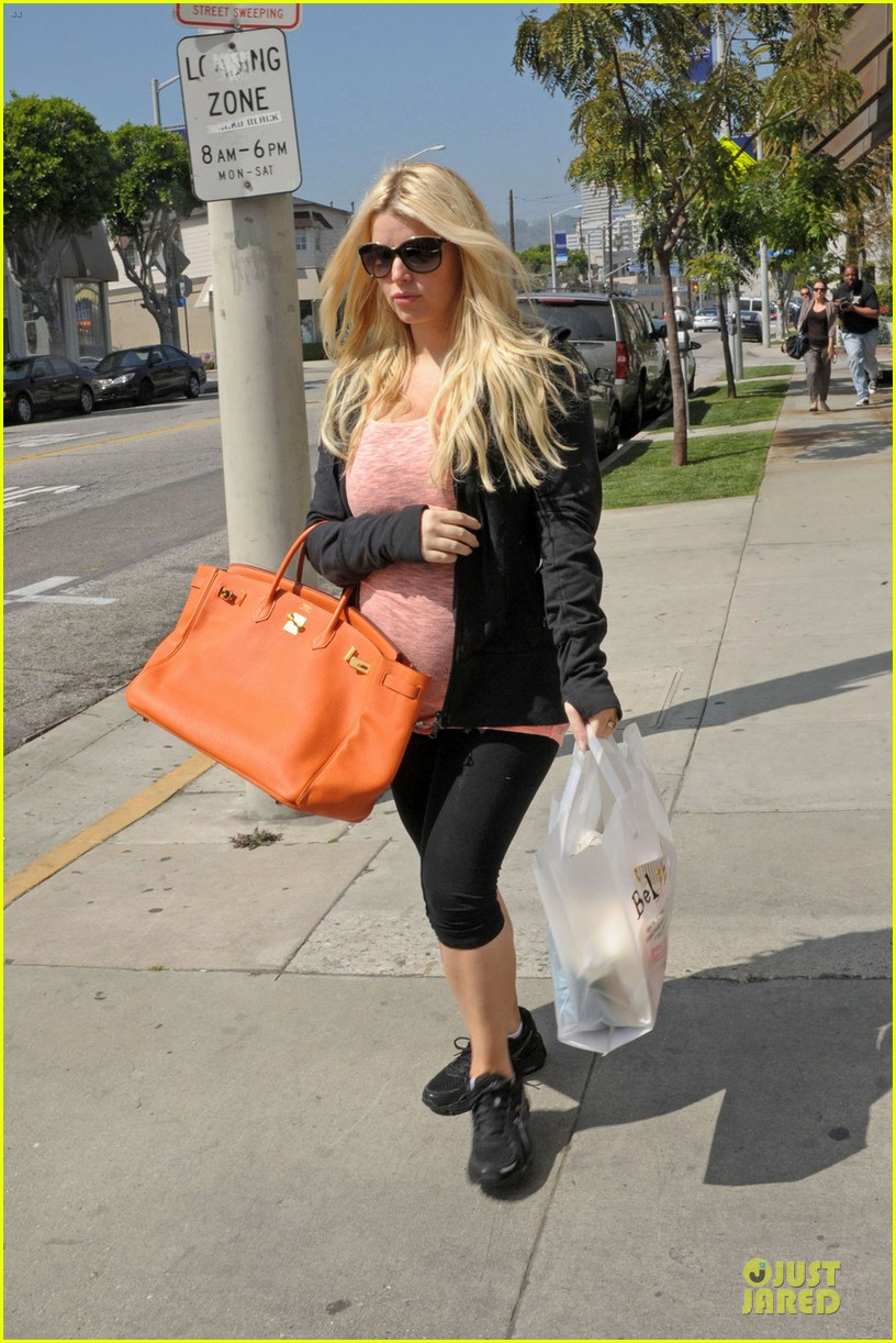jessica simpson bel bambini baby shopping 03