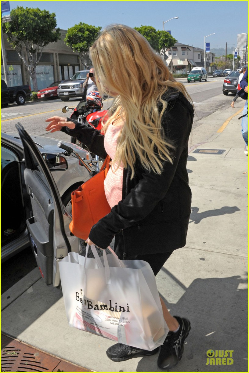 jessica simpson bel bambini baby shopping 05