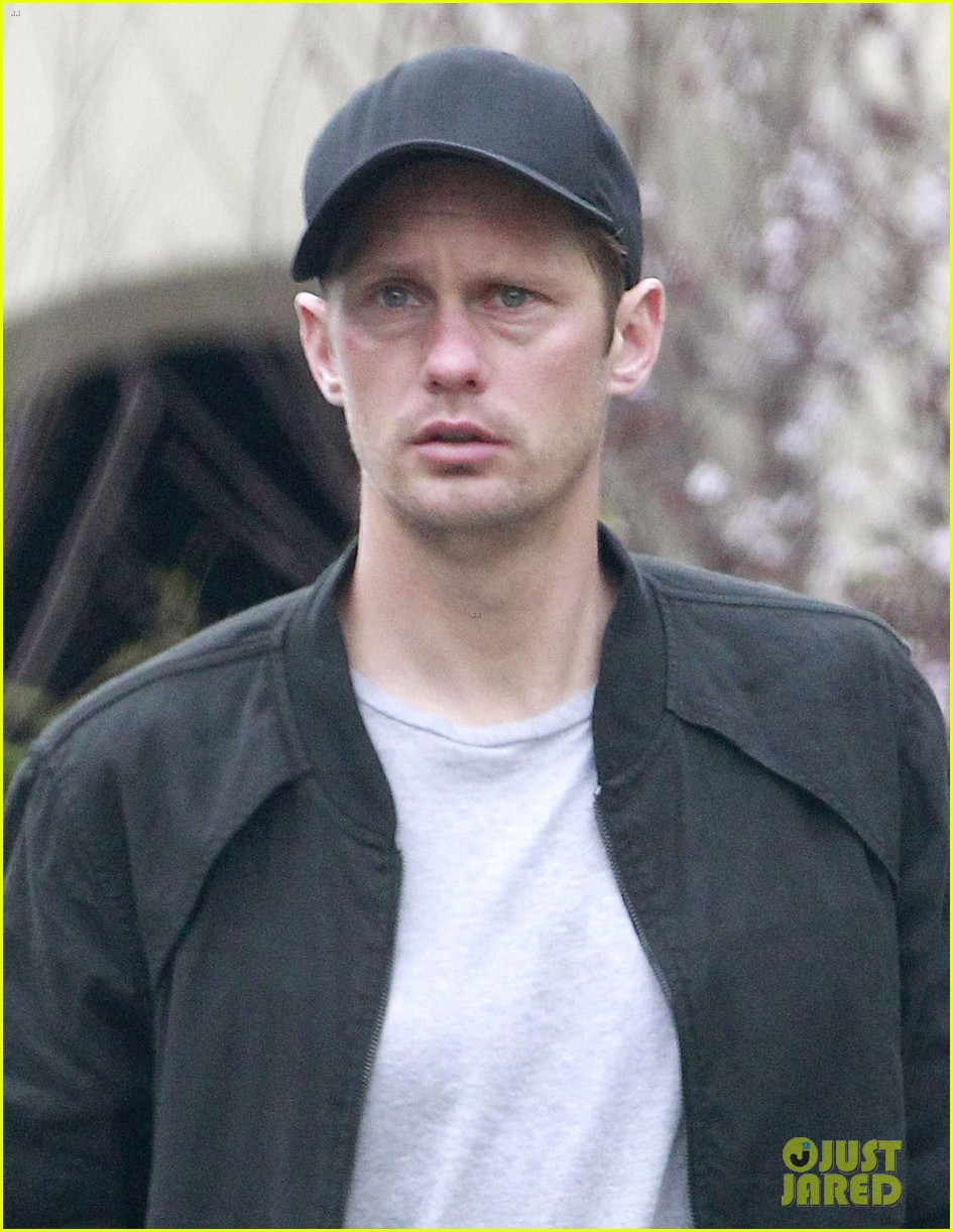 alexander skarsgard bruised eye in los angeles 042826972